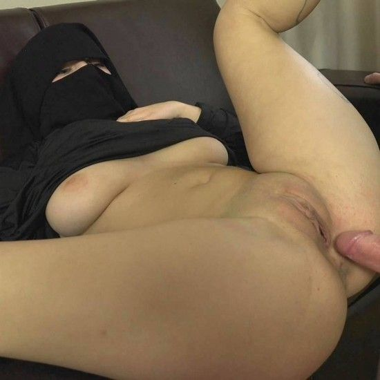 SexWithMuslims – Lili Sommer