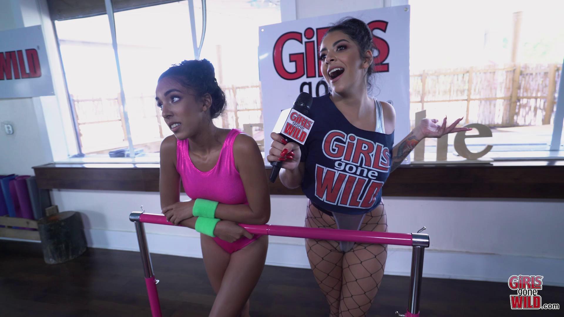 GirlsGoneWild – Ballet Girls Watch Mia Cum