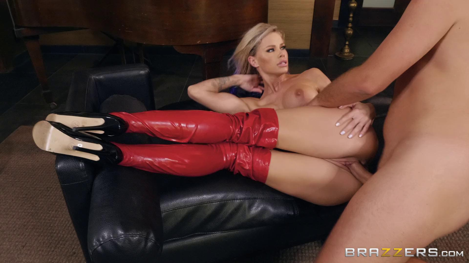 Jessa Rhodes – Lovely In Latex