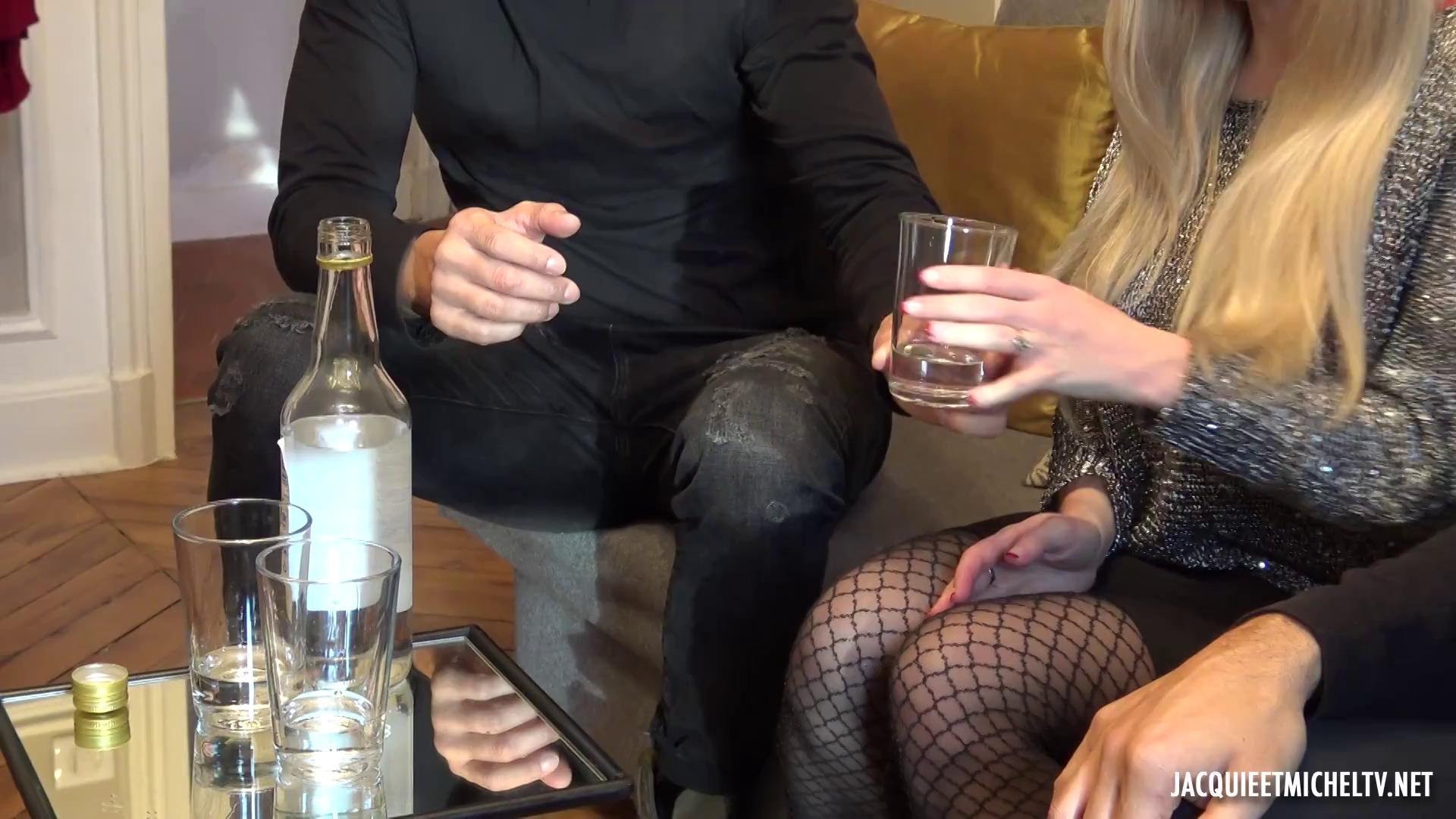 JacquieEtMichelTV – Isabella Clark Marina Vodka Et Double Penetration
